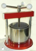 Fruit Press Aluminium & Painted Metal 1.3 L